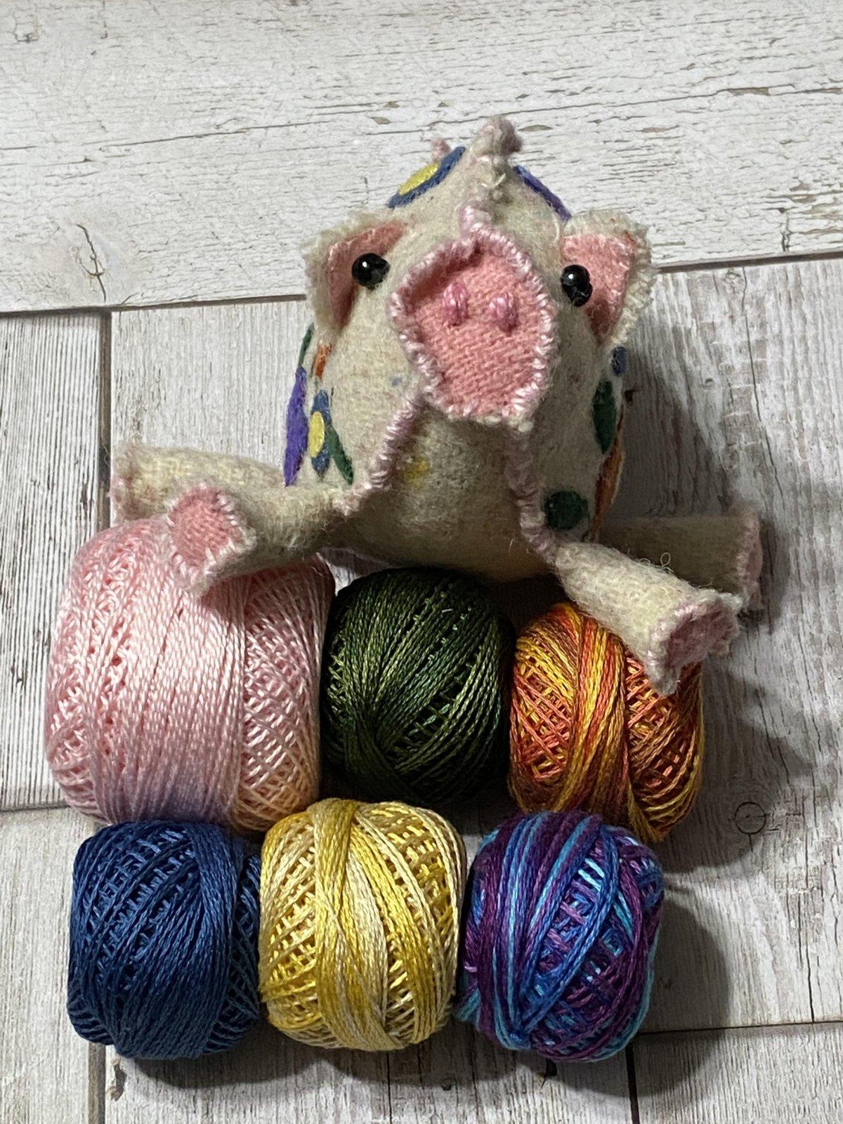 Pin Pigs Pincushion Thread Kit