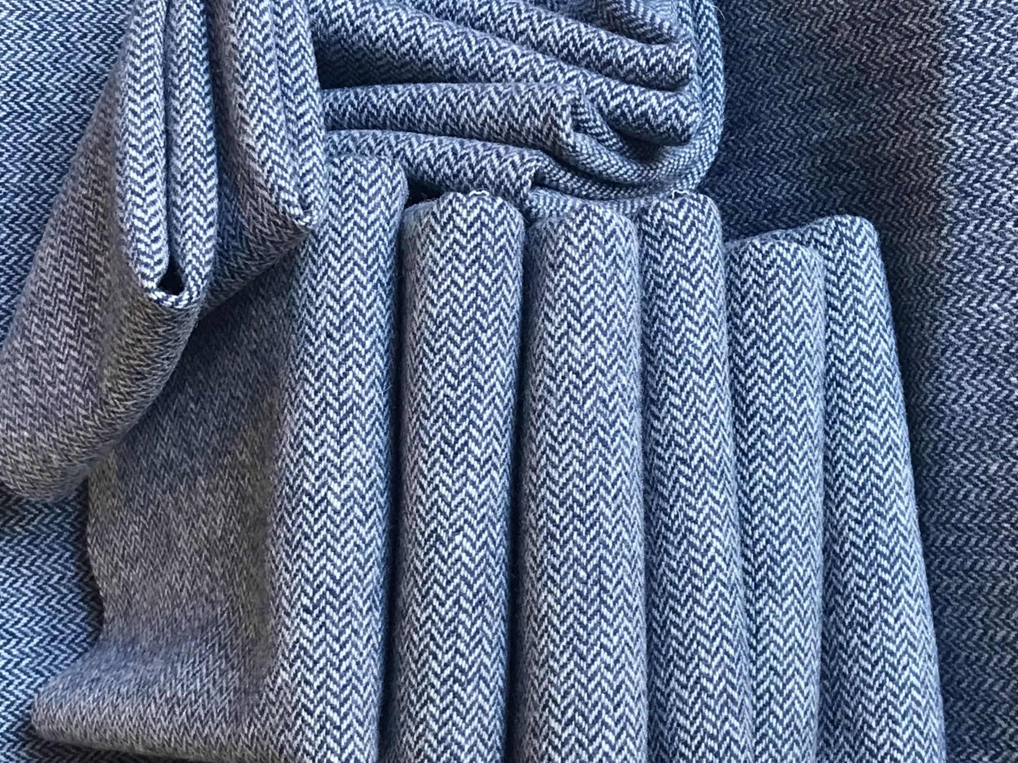 Farmer Blue 18 X 21  Wool  Navy Herringbone