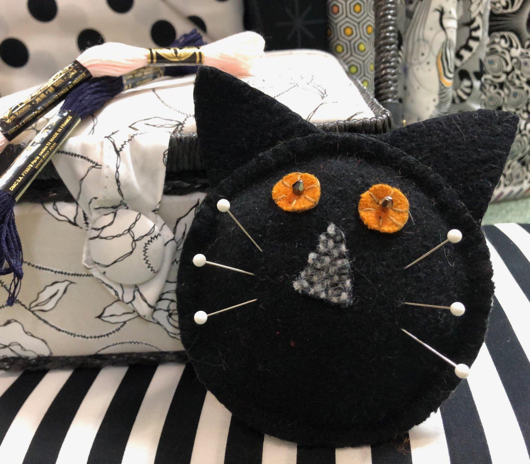 Wool Cat Pincushion Kit