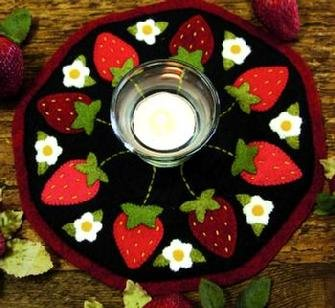 Strawberries Candle Mat Pattern