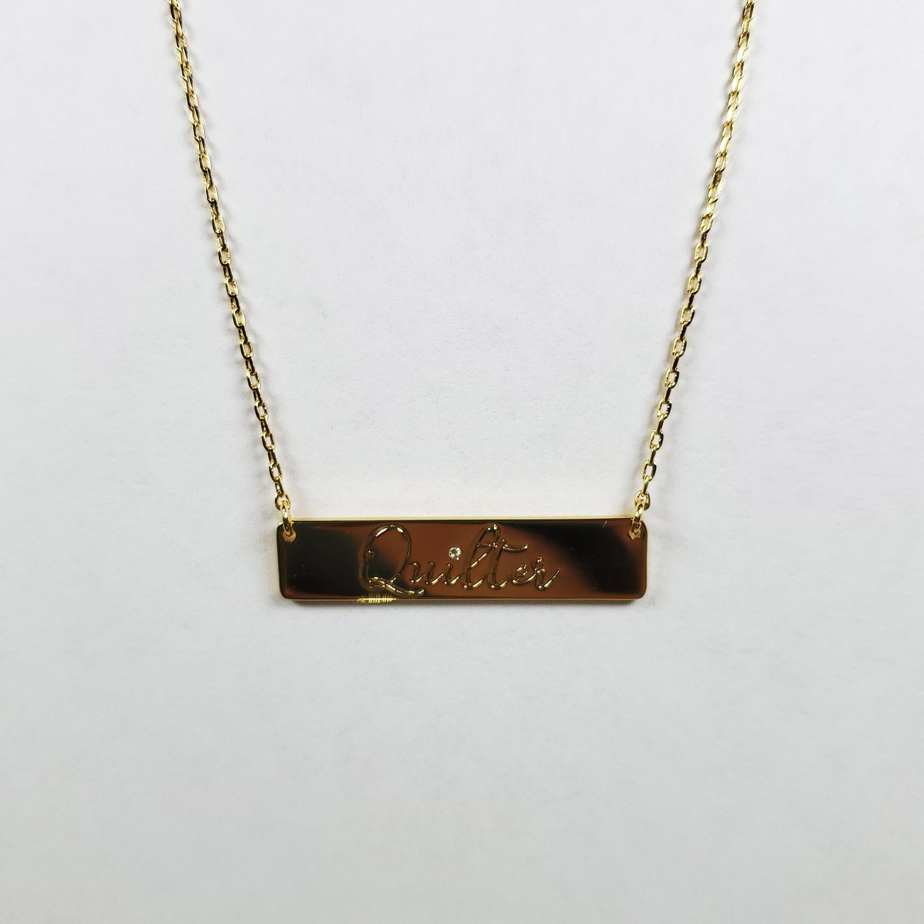 Quilter Bar Necklace Gold