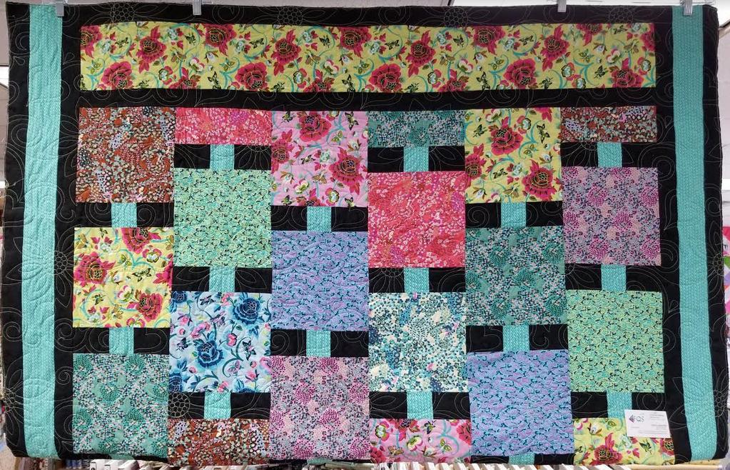 Flutterby quilt kit