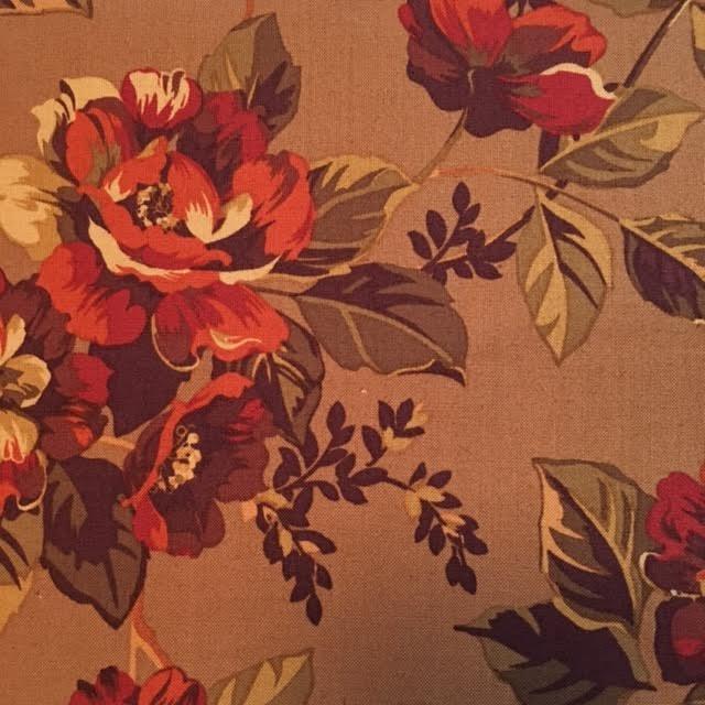 Ginger Rose - med flowers on brown