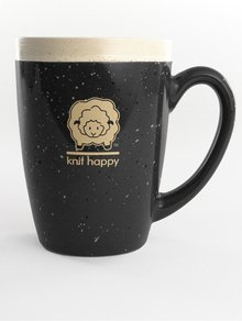 Mug Knit Happy black