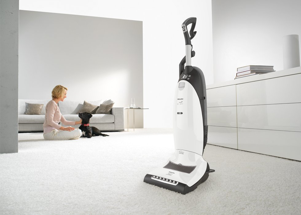 Miele Dynamic U1 Cat & Dog Upright Vacuum Cleaner White