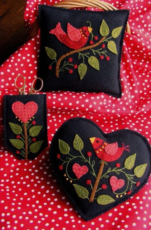 Americana Needlework Accessories