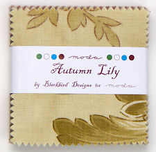 Autumn Lily Mini Charms