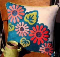 Pop Art Posies Pillow Kit