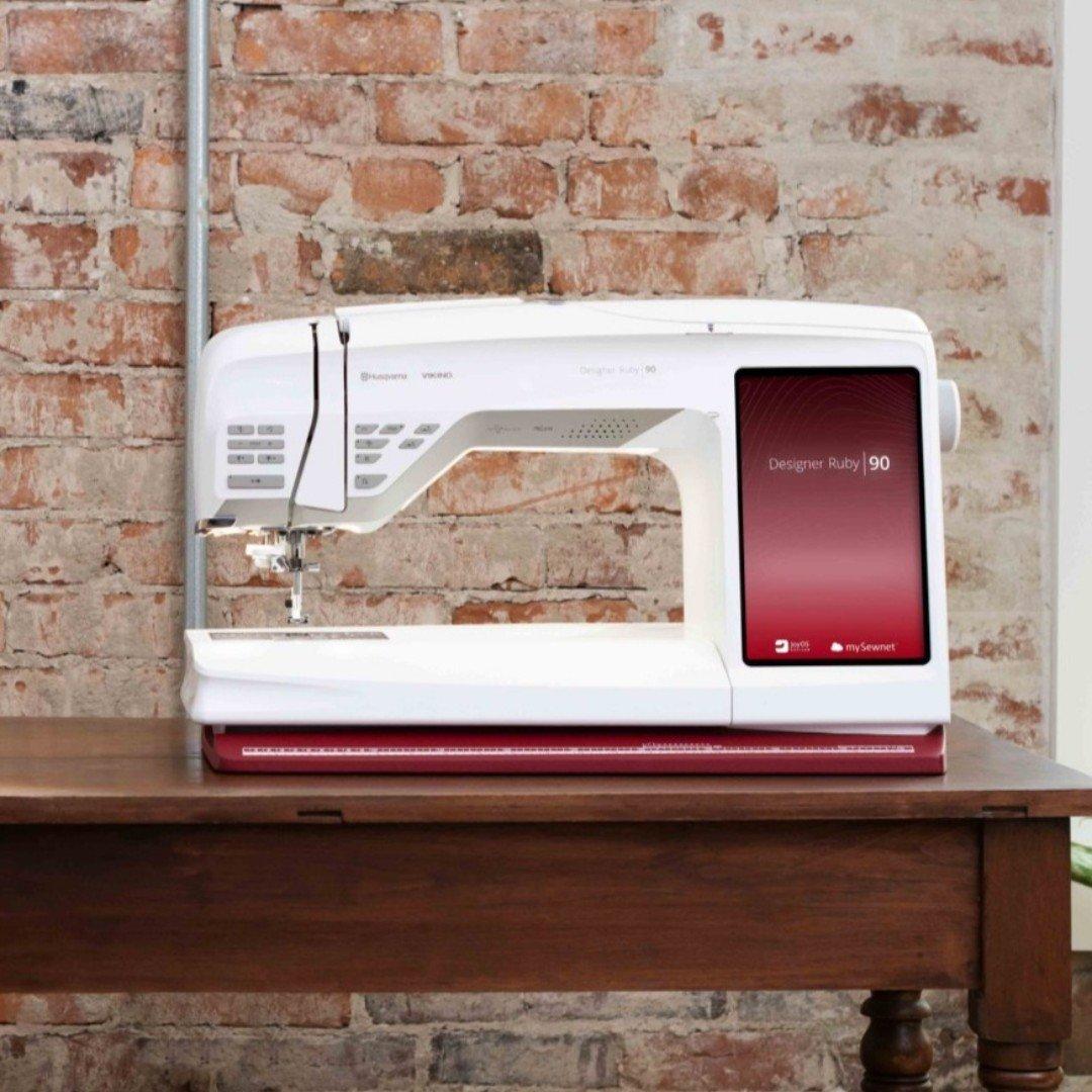 Husqvarna Viking DESIGNER RUBY™ 90 Embroidery and Sewing Machine