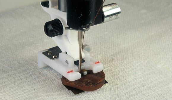 Button Foot with Placement Tool