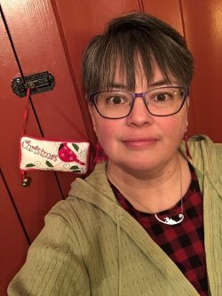 Sarah Balliner english paperpiecing Creekside Fabrics, Arcade, NY Feb 2, 2020