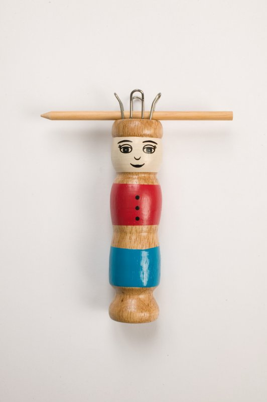 65799 Knotting Doll with Needle