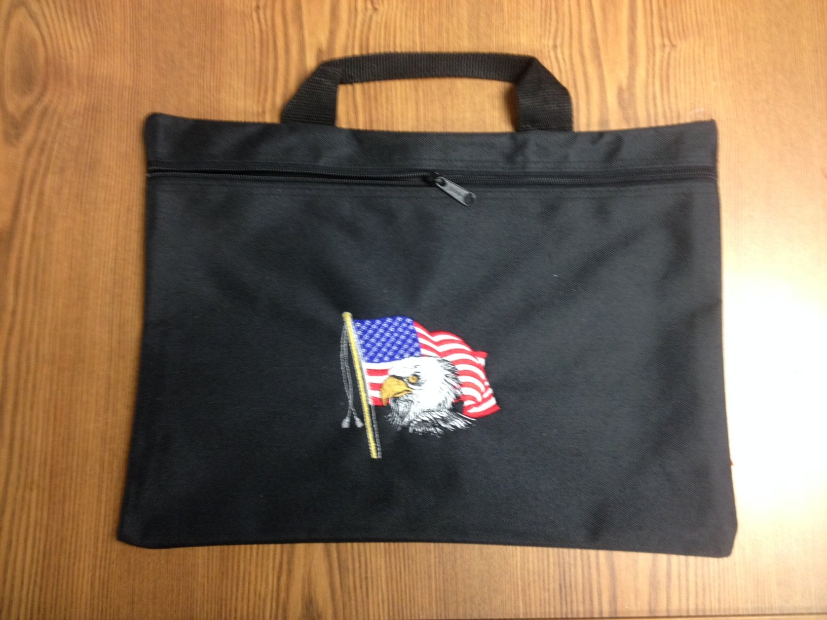 USA - Black nylon zippered portfolio bag