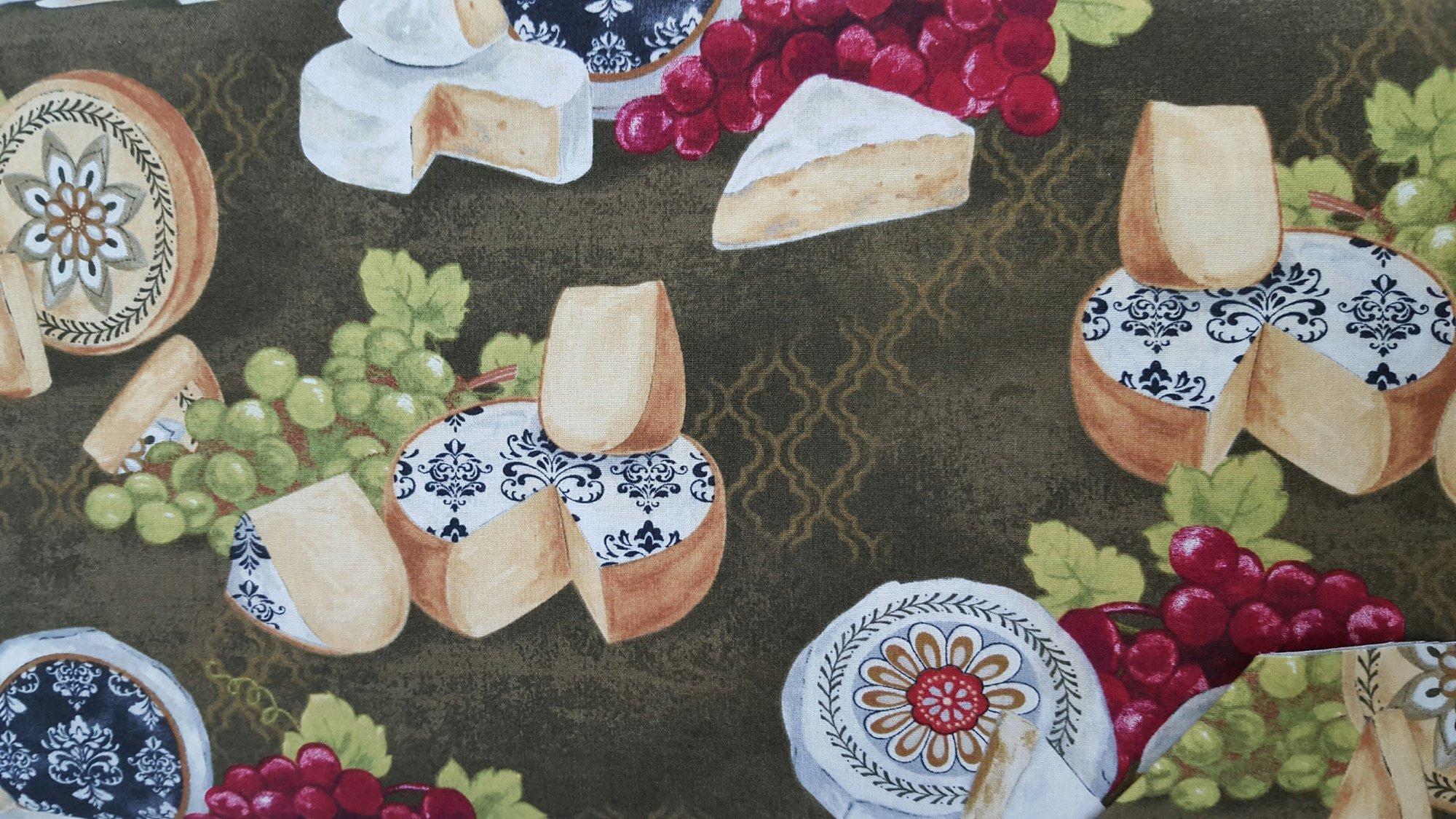It's Wine O'Clock (Cheese) (F2653)