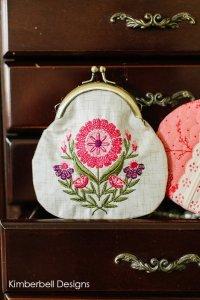 Vintage Flora coin purse 2