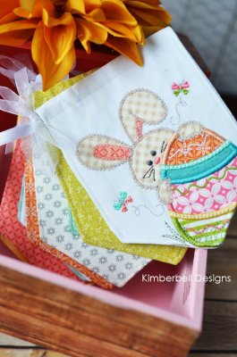 KB easter bunny pennant