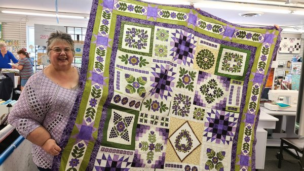 Mona with Sincerely Yours quilt