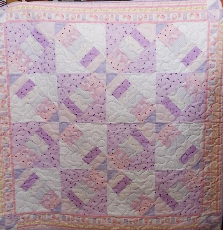 Criss Cross Baby Quilt
