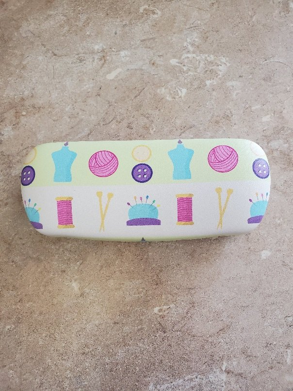 Notions Glasses Case