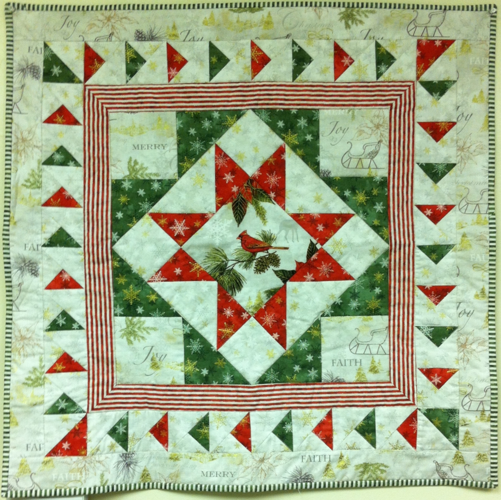 Holiday Cheer Wall Hanging (29.5 x 29.5)