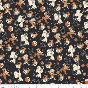 Penny Rose Fabrics Trick or Treat Pattern C 5991 Black