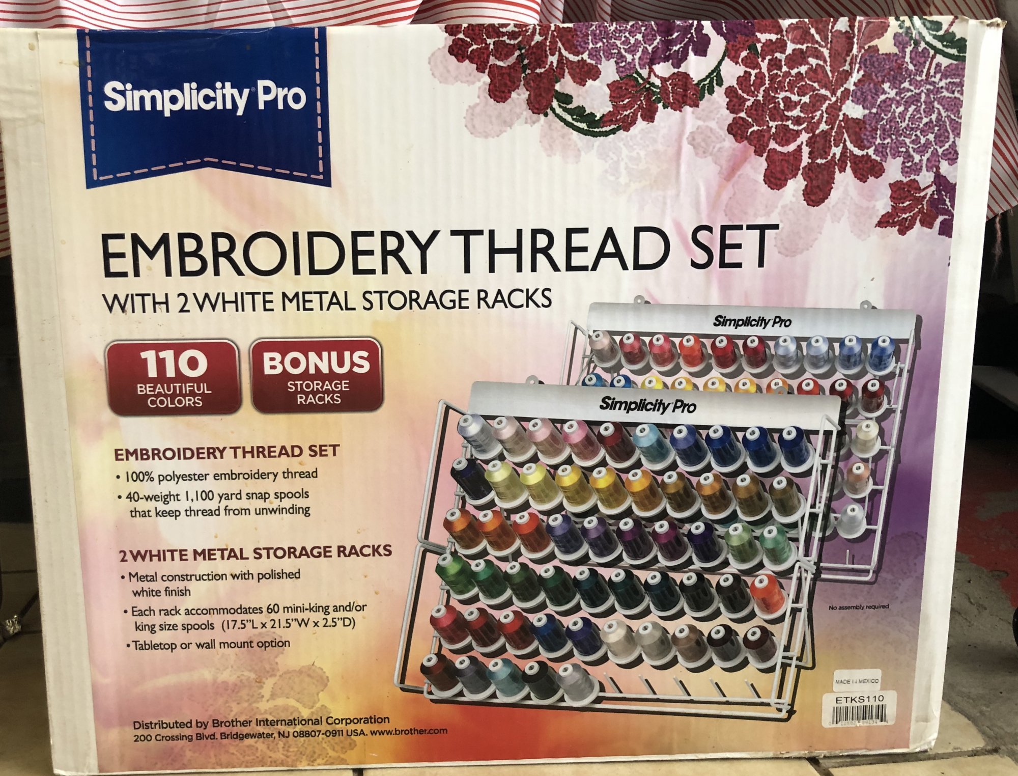 110 Simplicity Embroidery Threads kit with TWO stands