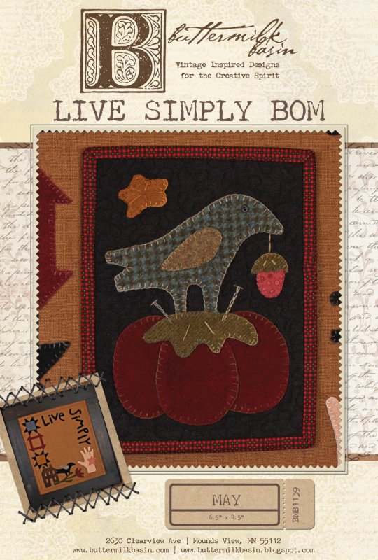 Live Simply: May Mini Quilt