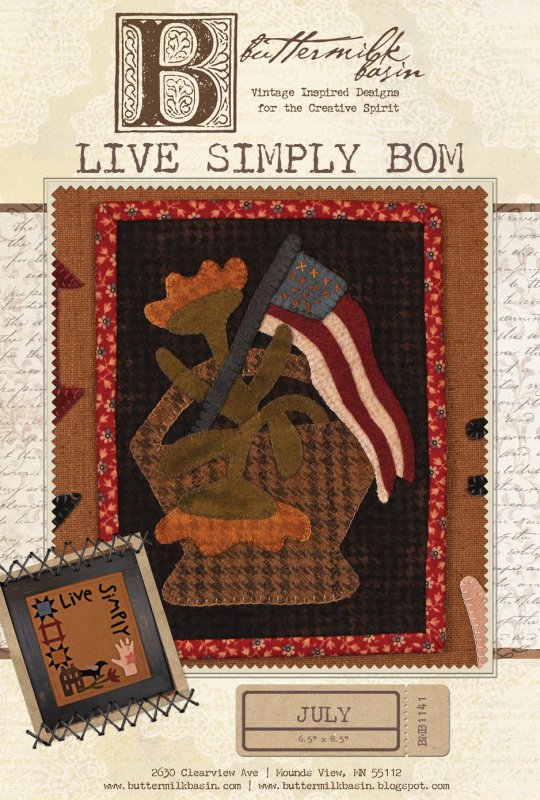 Live Simply: July Mini Quilt