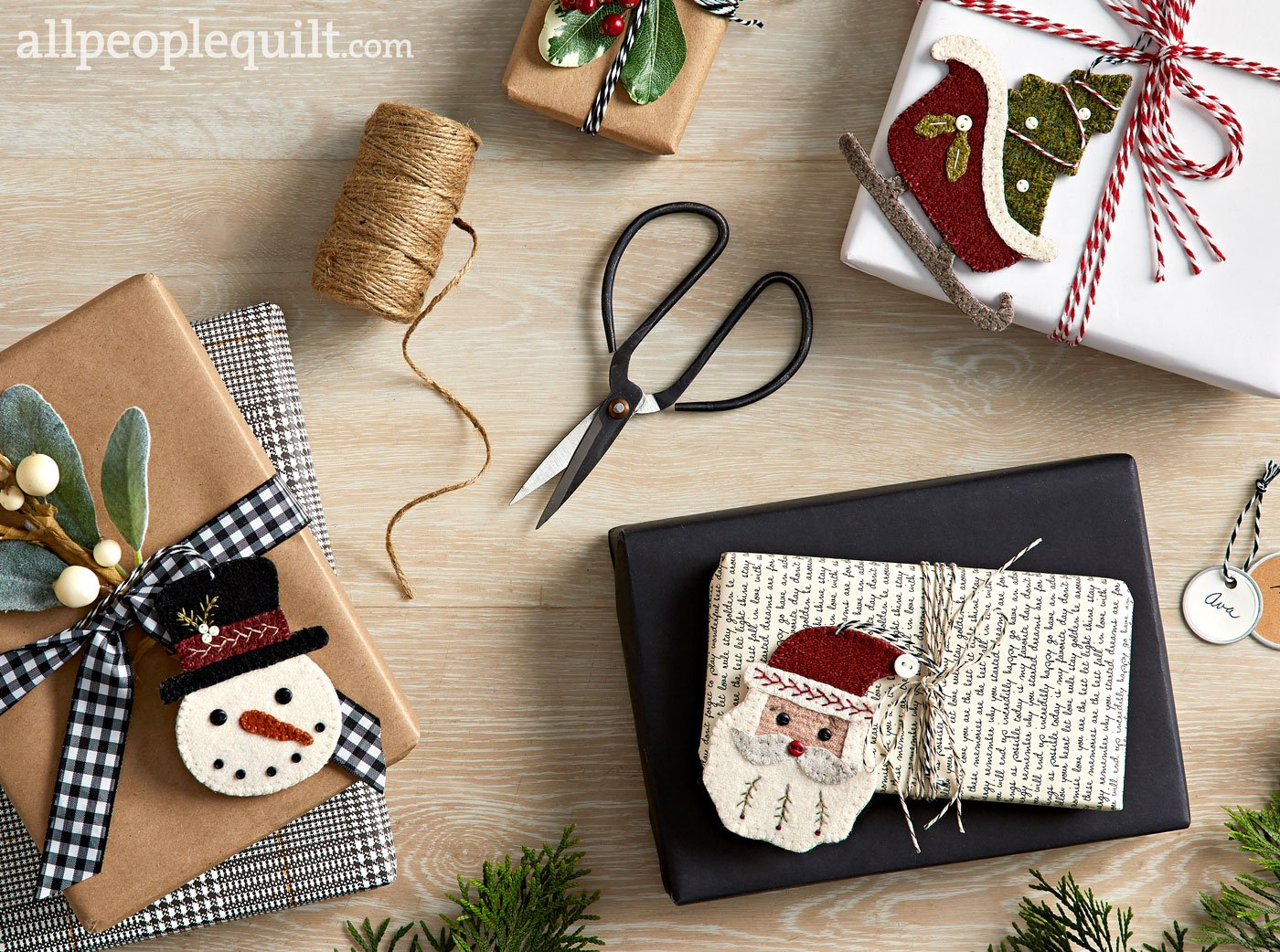 Cheerful Giving Ornaments *Kit