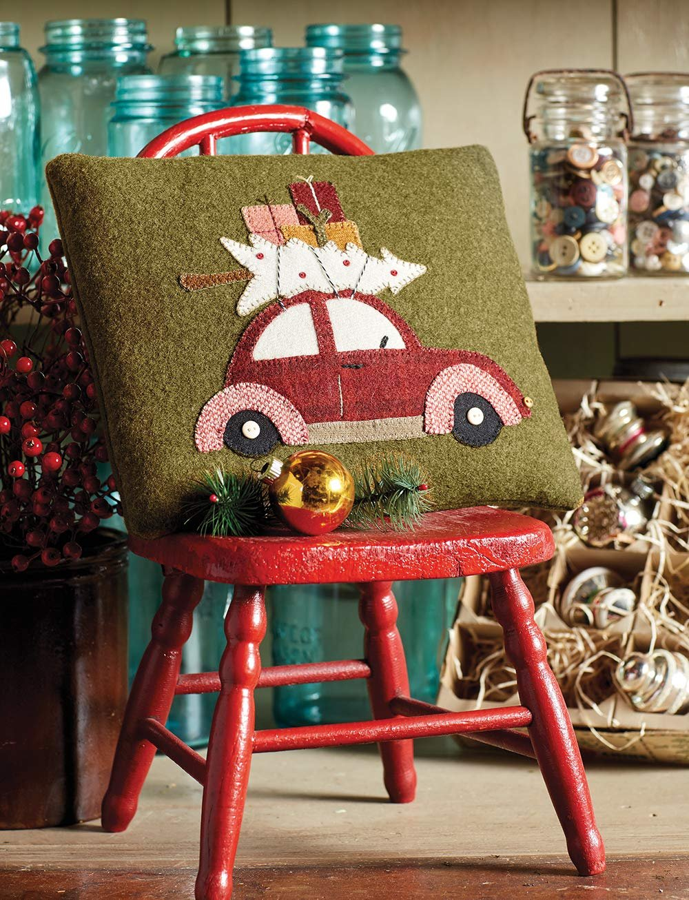 Christmas at Buttermilk Basin * Vintage VW Full of Cheer Pillow Kit