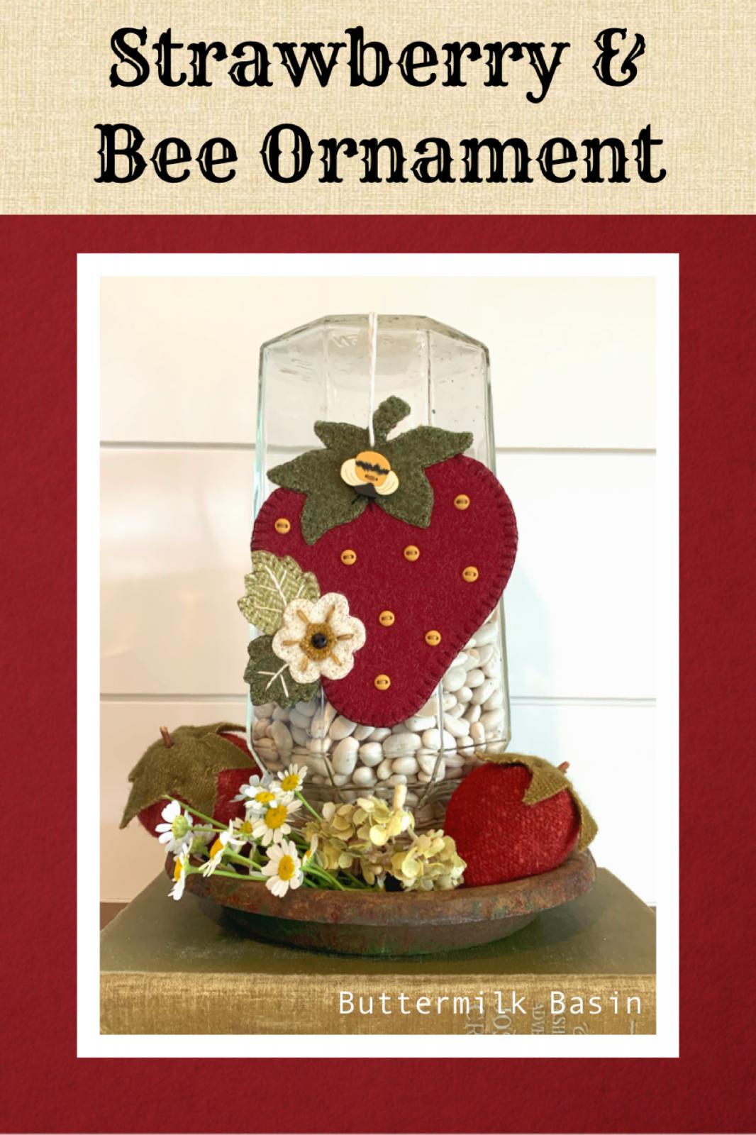 Strawberry & Bee Ornament * WOOL Kit & Pattern