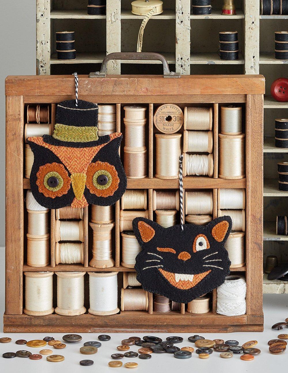 Buttermilk Basin's Vintage Vibe * Vintage Cat & Owl Ornaments Kit