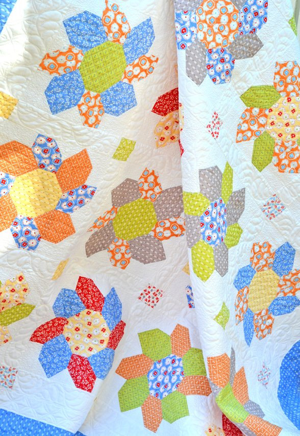 Sunflowers feat. Figs Shirtings Quilt Kit (64x64)