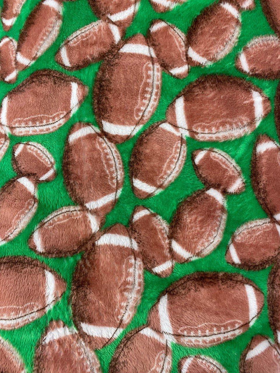 Football  Cuddle - 2 yard Cut