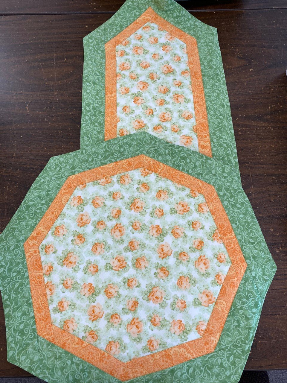 Floral Quick & Easy Table Topper/Runner Kit