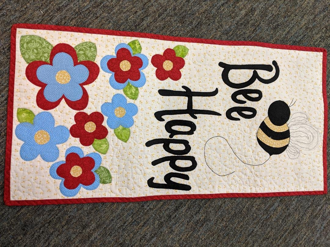 Bee Happy Wall Hanging Fabric Pack
