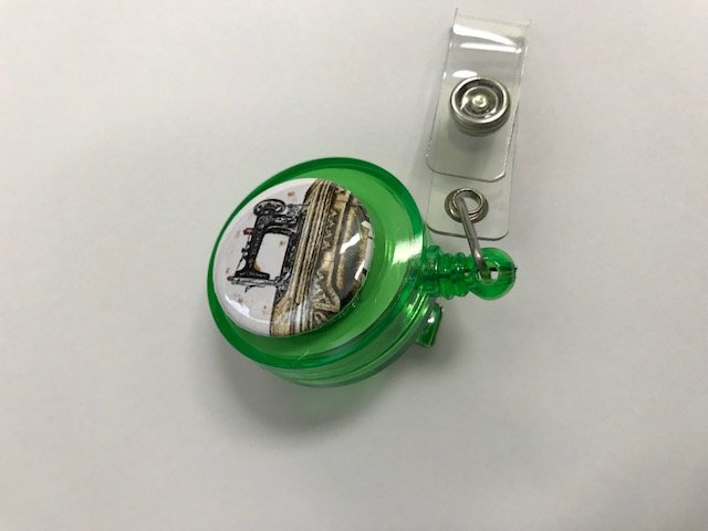 Retractable Reel Holder Sewing Machine