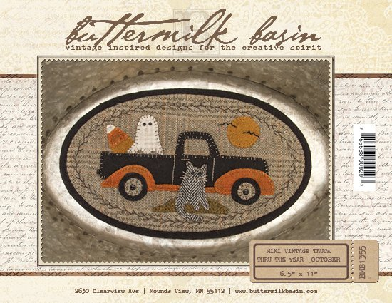 Mini Vintage Truck Through the Year - October (Pattern)