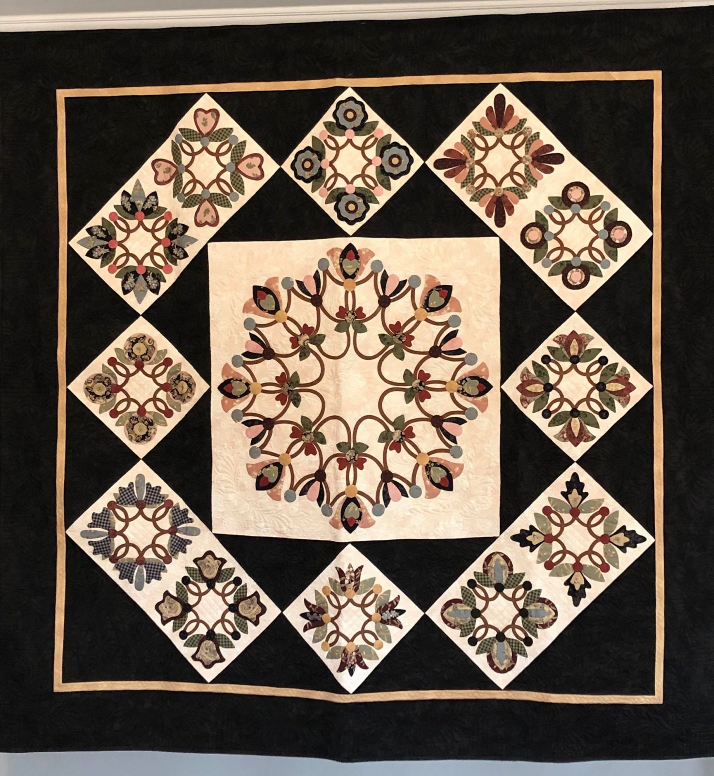 Bias Wreaths Block of the Month