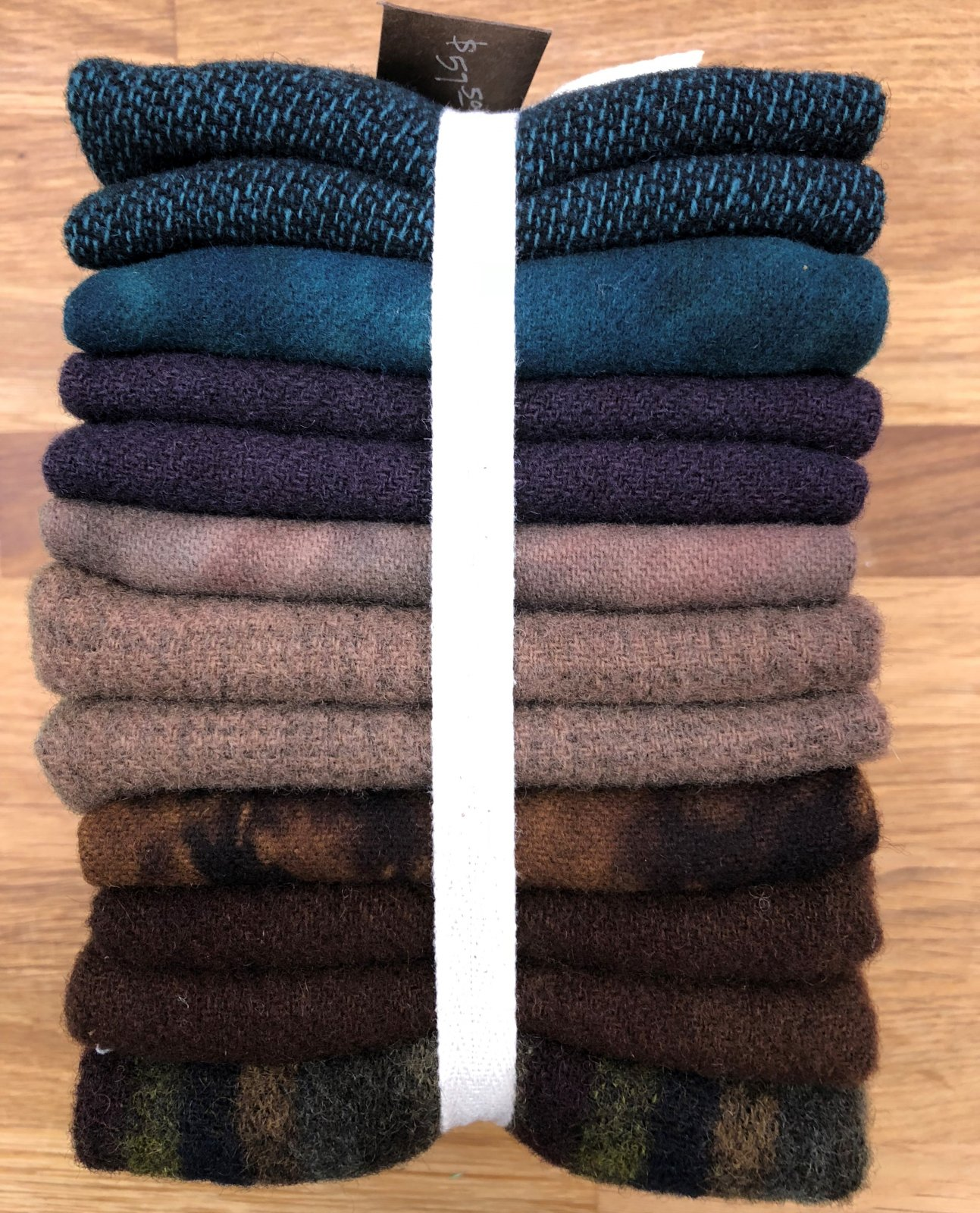 Wool of the Month Club - September 2018