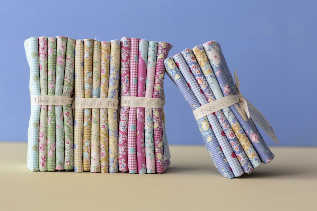 Happy Campers Fat Quarter Bundle