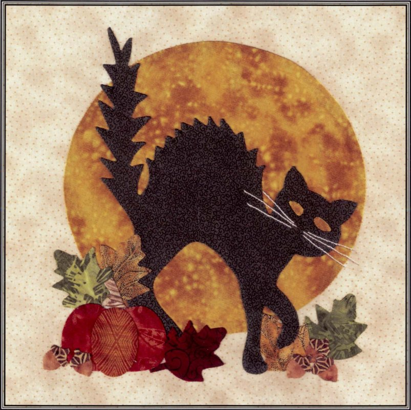 Baltimore Halloween-Pattern-Cat and Moon
