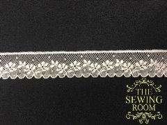 French Ecru Edging - Flower Vine and Dot - 5/8 Wide
