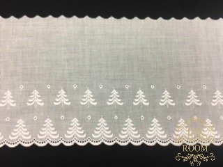 Swiss White Edging - Christmas Tree - 5 and 1/4 Wide