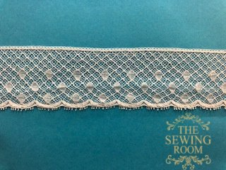 French White Edging -Oval 1 and 1/4 Wide