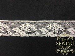 French Ecru Edging - Flower Bouquet - 1 and 1/8 Wide