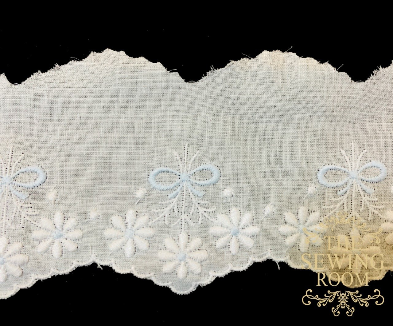 Spanish White Edging - Medium Flowers with Blue Bow - 2 and 1/2 Wide