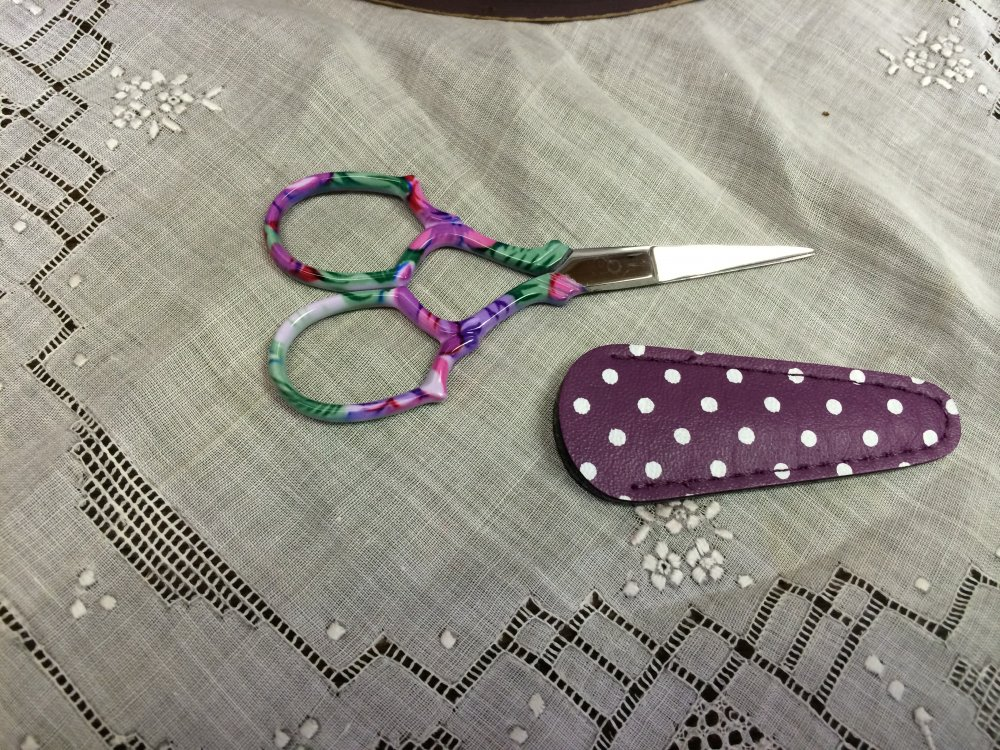 Floral scissors by Dinky Dyes