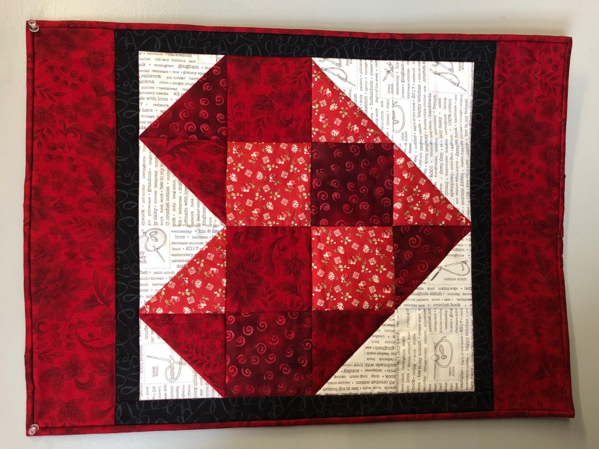 Red Heart Wall Hanging Kit