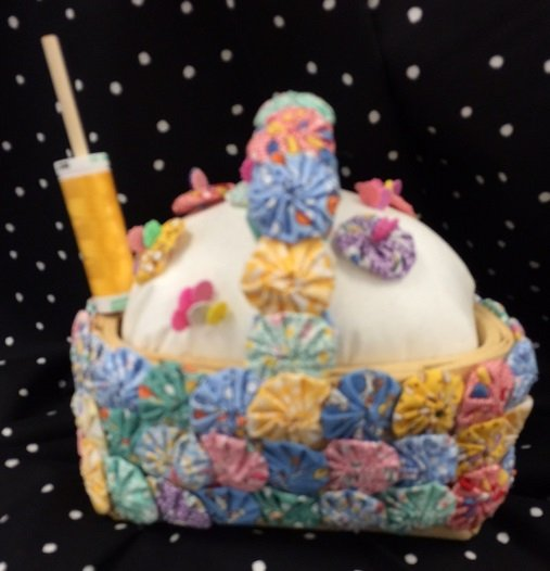 yoyo sewing basket/candle holder pattern